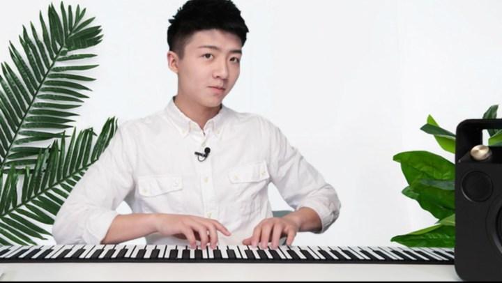這個能揣兜里的鋼琴 是文藝青年必備的東西
