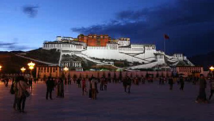 """自驾游去西藏,一定不能错过的""""天价""""石锅鸡!"""