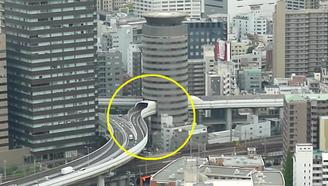 世界上最牛的釘子戶:高速公路從樓房穿過,政府為它都要修改法律