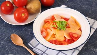 超级下饭的快手家常菜,番茄炒土豆!