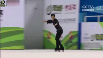 【轮滑世锦赛】震惊!西班牙花滑选手竟然跳中国风?动作还有点帅!