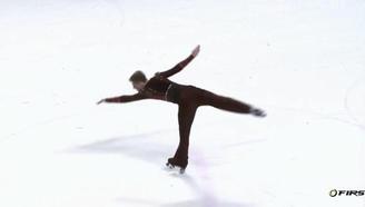 【轮滑世锦赛】花样轮滑瑞士小哥哥超帅!!360度旋转唯美稳健!!