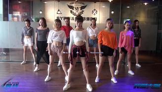 (文艺星探)鬼步舞《Seve》连跳,全是漂亮妹子,总有你喜欢的