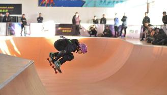 中国滑板俱乐部联赛总决赛暨国际滑板公开赛第一天-碗池热身