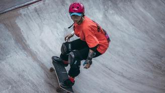 【亚运会滑板预选赛】滑板女孩从不服输
