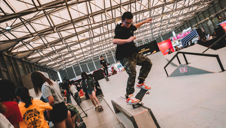 【2018CSL滑板俱乐部联赛 男子街式】忍不住让人双击666